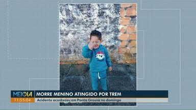 Morre menino de quatro anos atingido por trem em Ponta Grossa - Roberti Kayke foi atropelado no domingo (22) e desde então estava internado em estado gravíssimo.