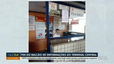 Balcão de atendimento do Terminal Central de Londrina é reativado - Usuários reclamaram da desativação do balcão.