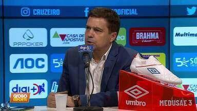 Dedé explica desentendimento com Ceni, e Itair Machado anuncia novo treinador no Cruzeiro - Dedé explica desentendimento com Ceni, e Itair Machado anuncia novo treinador no Cruzeiro