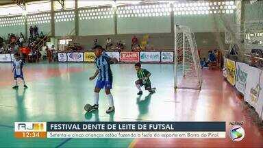 Festival Dente de Leite de Futsal desembarcou em Barra do Piraí neste sábado - Setenta e cinco crianças estão fazendo a festa do esporte na seletiva.