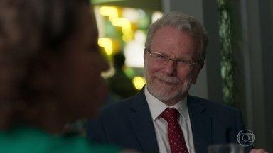 Eric diz a Nana que deseja vê-la no comando da Prado Monteiro - Diogo fica surpreso com a proposta do empresário