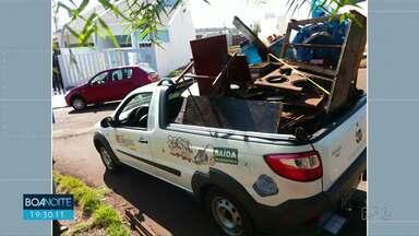 Mutirão de limpeza em Campo Mourão - Voluntários recolhem 20 contêineres de lixo.