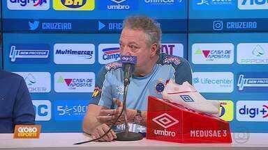 Cruzeiro enfrenta o Goiás pelo Campeonato Brasileiro já podendo ter Abel Braga no comando - Cruzeiro enfrenta o Goiás pelo Campeonato Brasileiro já podendo ter Abel Braga no comando