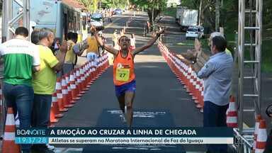 Centenas de atletas participam de mais uma edição da Maratona Internacional de Foz - Os atletas se dividiram entre os percursos de 42, 21 e 11,5 quilômetros.