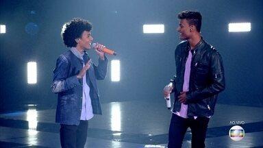 """Ramon e Rafael cantam """"Que Sorte a Nossa"""" - Michel Teló analisa a apresentação"""