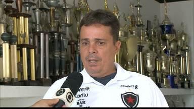 Piza concede entrevista exclusiva e responde perguntas dos torcedores - Técnico do Botafogo-PB fala sobre o futuro no Belo e sobre a busca pelo acesso à Série B
