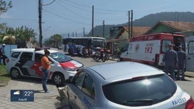 Criança de 11 anos é atropelada por ônibus em Mongaguá - Segundo a empresa responsável pelo transporte coletivo, a vítima foi encaminhada ao Pronto Socorro de Mongaguá.