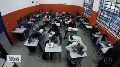 'Diário de Escola': escola de Santo André é referência na inclusão de alunos cegos - Instituição tem vários equipamentos que auxiliam os alunos em seu aprendizado.