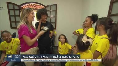 MG Móvel conhece o Instituto O Grito, em Ribeirão das Neves - Projeto social tem aulas e oficinas culturais para crianças, adolescentes e adultos.