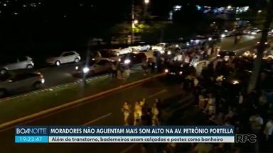 Baderneiros tomam conta de avenida no Jardim Aclimação - Bagunça ocorre perto de um Centro Universitário e incomoda moradores