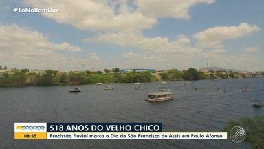 Rio São Francisco completa 518 anos e moradores de Paulo Afonso celebram com procissão - Para comemorar aniversário do Velho Chico, moradores participaram do evento na manhã deste sábado.