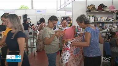 Vendedores realizam bazar em São Luís - Negociação foi realizada em uma escola no bairro Cohab, na capital, que tem incentivado o empreendedorismo entre seus alunos.