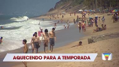 Sábado ensolarado levou muita gente ao litoral norte de SP - Termômetros marcaram cerca de 30 ºC.