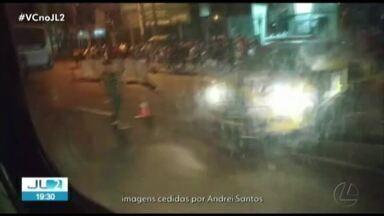 Motociclista morre atropelado por ônibus na BR-316, em Ananindeua - Acidente foi registrado no km 4 da rodovia e deixou o trânsito lento.