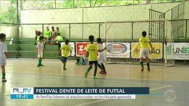 Criançada faz a festa nas seletivas do Dente de Leite de Fustal em Paulo de Frontin - Evento contou com a participação de 23 crianças, espalhadas por quatro equipes.