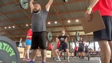 Campeonato de Crossfit exige o máximo de esforço dos competidores - Campeonato de Crossfit exige o máximo de esforço dos competidores