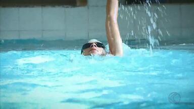 Nadador de Barbacena representa Minas nos Jogos Escolares da Juventude - Victor Silva Souza, de 15 anos, é bicampeão estadual e compete em novembro em Blumenau (SC)