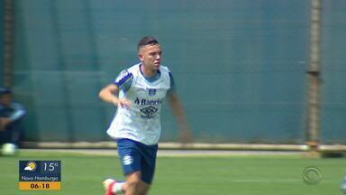 Confira as modificações no time do Grêmio por causa dos desfalques - Time gremista encara o Ceará às 21h.