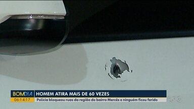 Homem atira mais de 60 vezes - Polícia bloqueou ruas da região do bairro Mercês e ninguém ficou ferido.