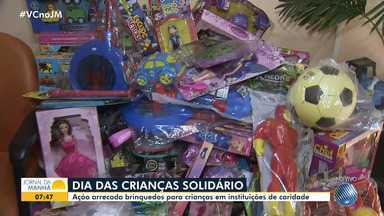 Ação arrecada brinquedos para crianças que vivem em instituições de caridade - A campanha 'Adote um Sonho' tem como objetivo estimular a solidariedade no Dia das Crianças.