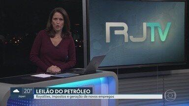 RJ2 - Íntegra 10/10/2019 - Telejornal que traz as notícias locais, mostrando o que acontece na sua região, com prestação de serviço, boletins de trânsito e a previsão do tempo.