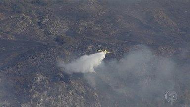Incêndio atinge Parque Nacional da Serra do Cipó, em MG - Região é muito visitada por turistas e o parque está fechado.