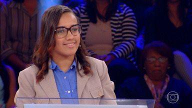 Beatriz Marques inicia disputa pelo prêmio de um milhão no ´Quem Quer Ser Um Milionário´ - Beatriz nasceu com paralisia cerebral e estuda Biblioteconomia na UFRJ