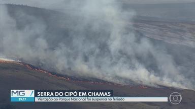 Fogo na Serra do Cipó foi controlado, mas ainda há focos de incêndio - Fogo na Serra do Cipó foi controlado, mas ainda há focos de incêndio