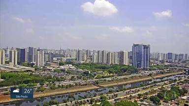 Grande São Paulo tem máximas acima dos 32°C na sexta-feira (18) - Próxima semana terá mudanças de temperatura.