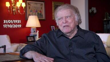 """Morre, aos 88 anos, o diretor de TV Maurício Sherman - Maurício Sherman dirigiu programas de humor nas últimas seis décadas, com muito sucesso, se tornando parte da história da TV. Foi responsável por programas como o """"Fantástico"""" e o """"Zorra Total""""."""