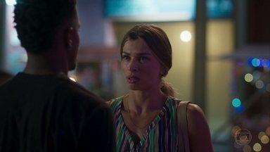 Paloma pede a Ramon para voltar para casa - undefined
