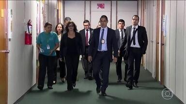 PF faz operação para investigar corrupção em fundos de pensão - Os agentes estiveram no Congresso para realizar buscas e apreensões no gabinete do deputado Sergio Souza, do MDB. Ele foi relator da CPI dos Fundos de Pensão.