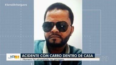 Funcionário da TV Anhanguera morre ao ser prensado por carro na garagem de casa, em Goiás - Segundo Polícia Civil, logo após chegar do velório do padrasto, ele estacionou na rampa, mas o veículo acabou descendo e a porta o prensou contra a parede. João Batista Braz, 52, era operador de torre de transmissão da emissora.