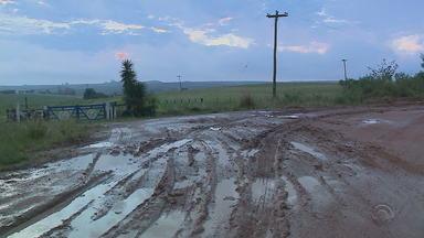ERS-473 não foi asfaltada e se encontra em péssimas condições - Estrada que liga Bagé e Lavras do Sul tem trechos intransitáveis.