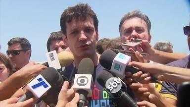 Ministro do Turismo visita Porto de Galinhas e afirma que as praias estão aptas para banho - Marcelo Álvaro Antônio afirmou que houve uma ação muito rápida por parte do governo federal.