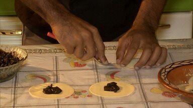 As delícias feitas com juçara no Maranhão - O fruto é ingrediente de pães, doces e até pastéis.