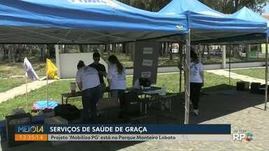 Projeto 'Mobiliza PG' leva serviços de graça ao Parque Monteiro Lobato - Atendimento em saúde é oferecido durante a tarde deste sábado (26).