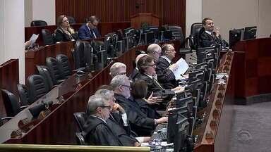 TJ-RS decide que trecho da LDO que congela orçamento do estado é inconstitucional - Desembargadores também decidiram que parcelamento dos salários não qualifica dano moral.