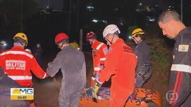 Homem é resgatado sob escombros, na Região do Barreiro, após chuva em BH - Cidade teve alagamentos e desabamentos.