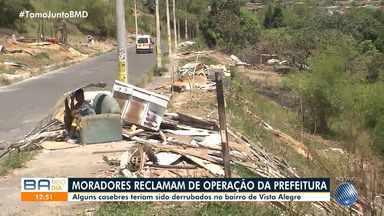 Moradores de Vista Alegre protestam contra operação que derrubou 30 casebres no bairro - Barracos foram derrubados nesta quarta-feira (30) e situação deixou os residentes revoltados em Salvador.