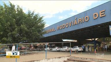 Impasse na licitação atrasa início das obras em rodoviária em São Luís - Há seis meses parte do terminal rodoviário de São Luís foi interditada pela Defesa Civil.