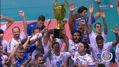 Taubaté bate Campinas e fatura hexa do Paulista de Vôlei - Equipe venceu partida e set de desempate na casa dos adversários.