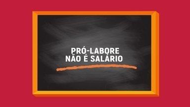"""Sabe o que é pró-labore? Consultor explica o significado - O consultor Gabriel Bastianelli explica que o pró-labore vem do latim e significa """"pelo trabalho"""", nada mais é do que a remuneração do sócio que trabalha no negócio, mas o pró-labore não é salário"""