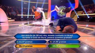 Andressa Cruz chega até a pergunta 13 do Quem Quer Ser Um Milionário - Ela erra a pergunta 13 e ganha R$ 50 mil