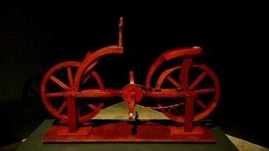 Museu da Imagem e do Som traz exposição de Leonardo Da Vinci - Entre os objetos expostos, muitos podem ser tocados. Em Santos, máquinas fotográficas e filmadoras são destaques do MIS.