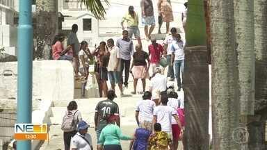 Cemitérios do Recife, Paulista e Olinda têm grande movimento no Dia de Finados - Missas e atividades culturais foram realizadas neste sábado (2)