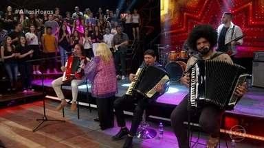 Anastácia canta Eu só quero um Xodó - Musical Anastácia com sanfoneiros