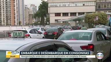 Reorganização de pontos de parada de táxis e carros de app em Congonhas completa 8 meses - Mas as reclamações continuam.