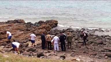 Governo e voluntários tentam conter óleo que chegou ao Arquipélago de Abrolhos, na Bahia - O local é um importante santuário da vida marinha. Em toda a região Nordeste, mais de 300 localidades já foram atingidas pelo óleo.
