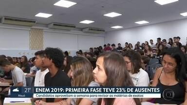 Enem 2019: primeira fase teve 23% de ausentes no estado de São Paulo - Segunda fase será domingo. Estudantes aproveitam a semana para revisar as matérias de exatas.